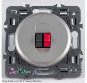 Prise HP simple Céliane titane sans plaque Legrand 67311+68511+80251