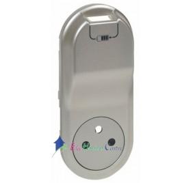 Enjoliveur prise 2P+T 16A+prise chargeur USB 1000mA précâblée semi-encastré Céliane titane Legrand 068416