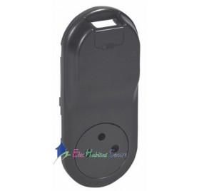 Enjoliveur prise 2P+T 16A+prise chargeur USB 1000mA précâblée semi-encastré Céliane graphite Legrand 067916