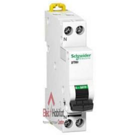 Disjoncteur DT40N 1P+N 20A courbe D Schneider A9N21377