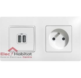Prise de courant 2P+T 16A + prise double USB Niloé complet blanc 664735+665195+077594+665002