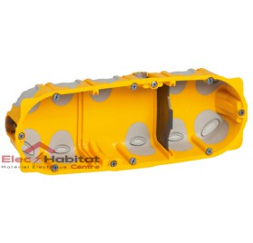 Boitier triple entraxe 71mm ecobatibox profondeur 40mm Legrand 080023
