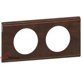 Plaque double Matière cuir brun texturé entraxe 71mm Legrand 069402