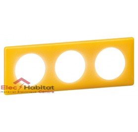 Plaque triple entraxe 71mm today jaune Legrand 066673