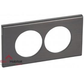 Plaque double Matière black nickel entraxe 57mm Legrand 069038